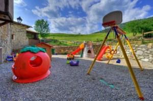 151613_0150-11e6-9045-0050569a455d_casa-rural-parque-infantil1
