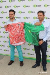 Jorge-Hernández-presidente-del-C.D.-Guijuelo-y-Pedro-Campal-presidente-de-Campal